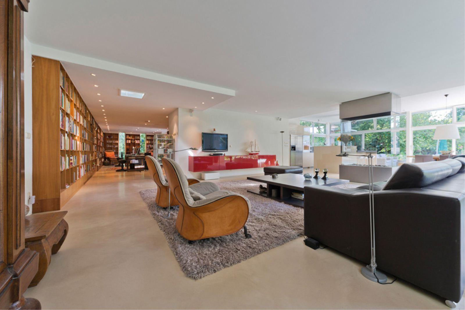 Martin gaus verkoopt mega luxe villa interveste infonet - Woonkamer m ...