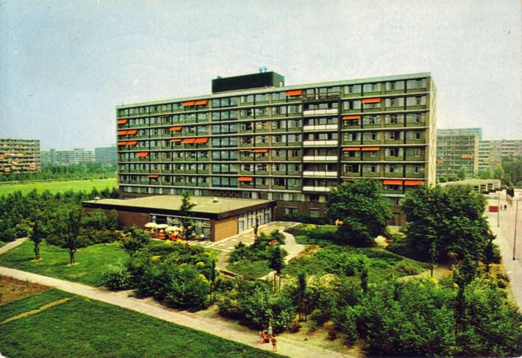 Tijdelijk wonen in Rotterdam - Boekholt Ommoord - Anno 1982
