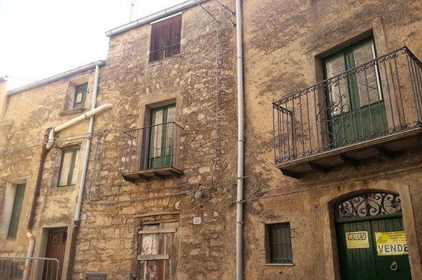 Huizen In Italie : Een woning voor één euro u interveste u