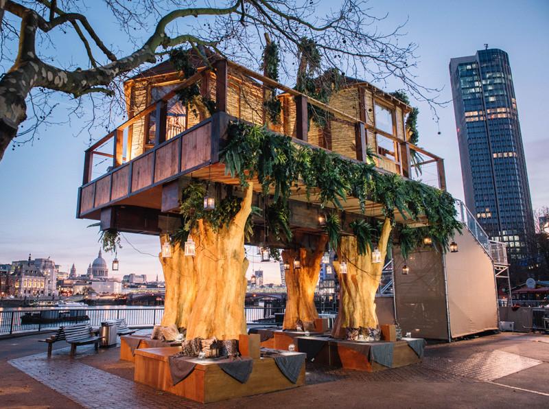 Bijzondere huizen versierde kersthuizen interveste for Bijzondere woningen