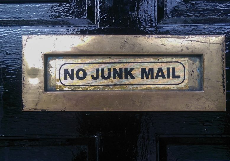 Mail niet meer in spam van Hotmail Live Msn of Outlook