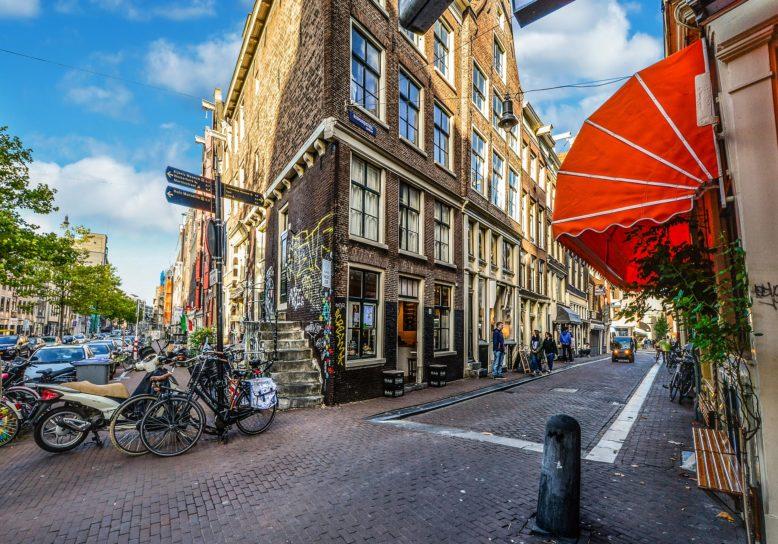 Huurwoning in Amsterdam? Even 14 jaar wachten!
