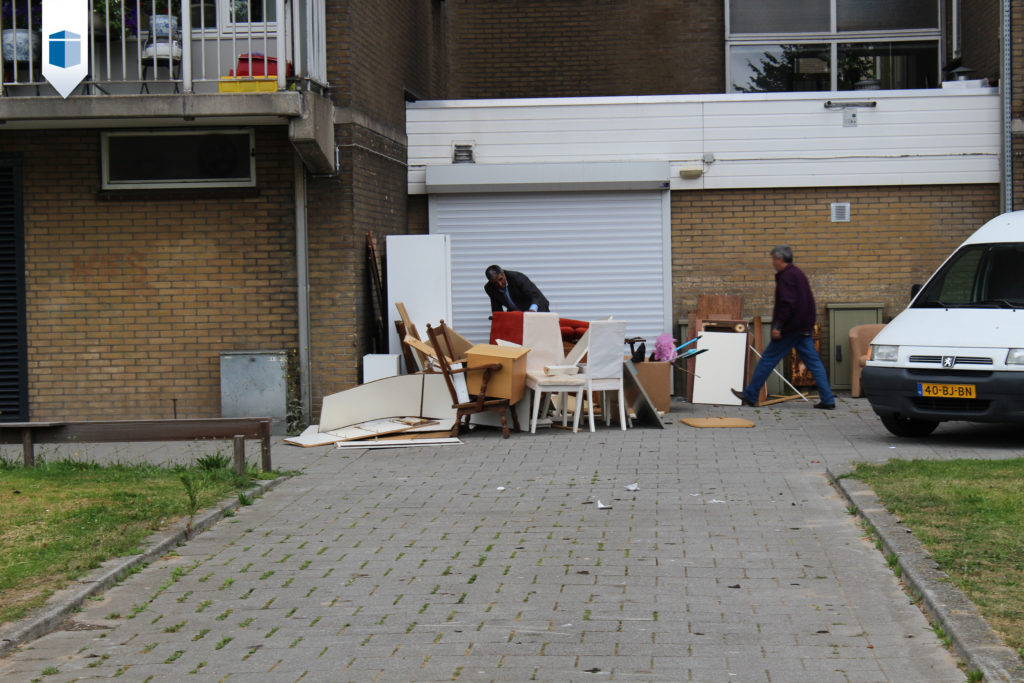 Builins langs de straat