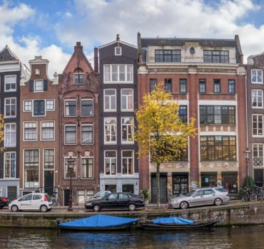 330 leegstaande woningen Amsterdam?