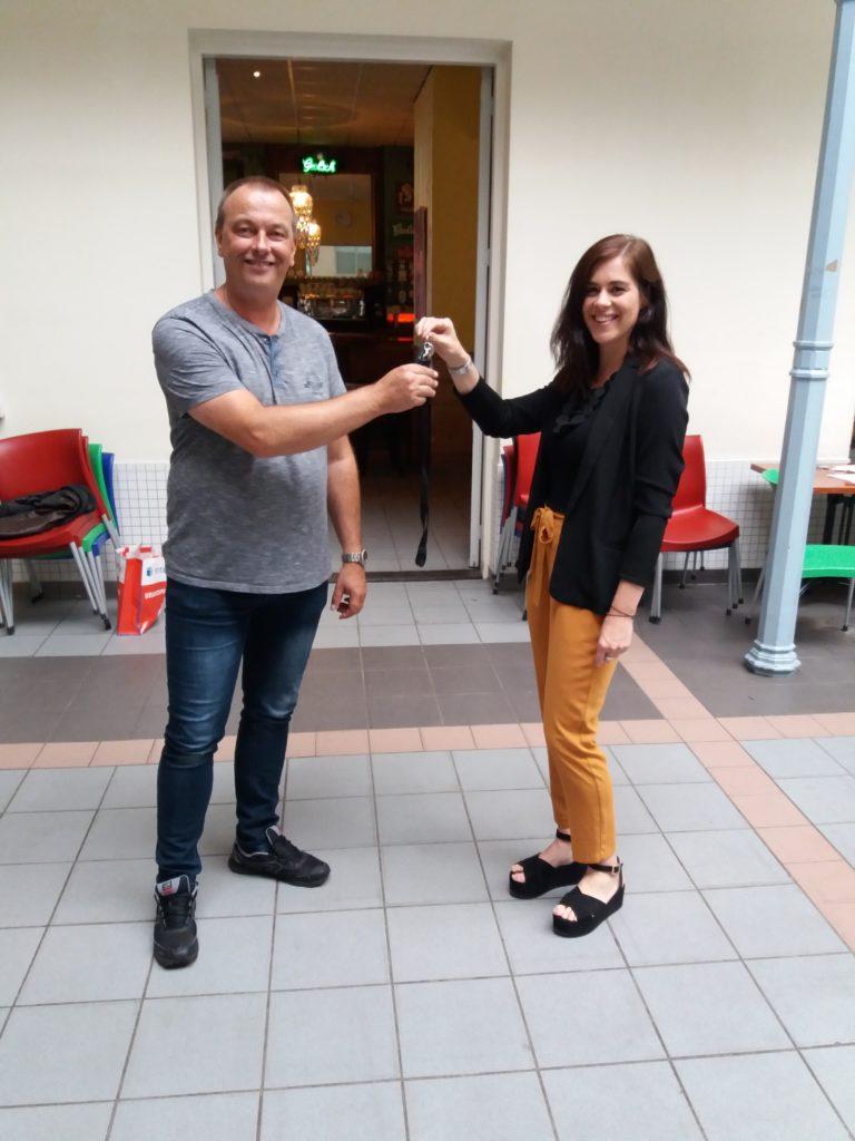 Eerste ondernermers ontvangen de sleutel voor hun nieuwe werkruimte