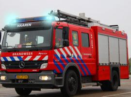 Brandweer auto met zwaailichten