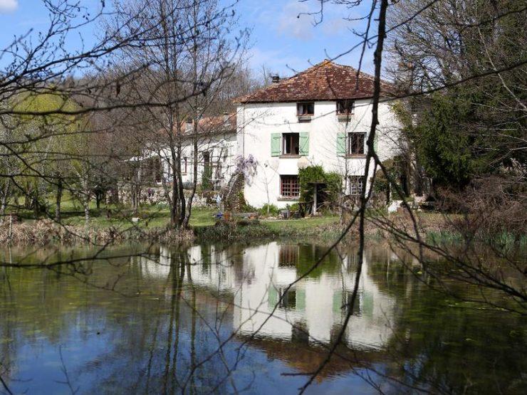 Watermolen bij Bordeaux te koop